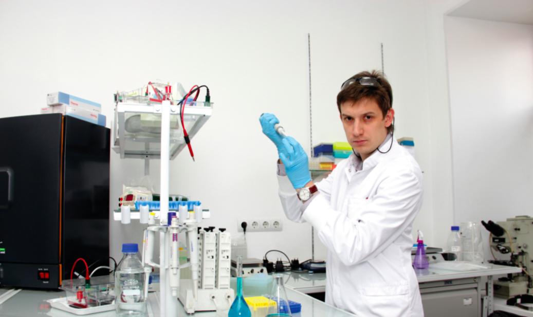 Интервью с Денисом Аксеновым-Грибановым, руководителем проекта по оценке симбионтных актинобактерий озера Байкал