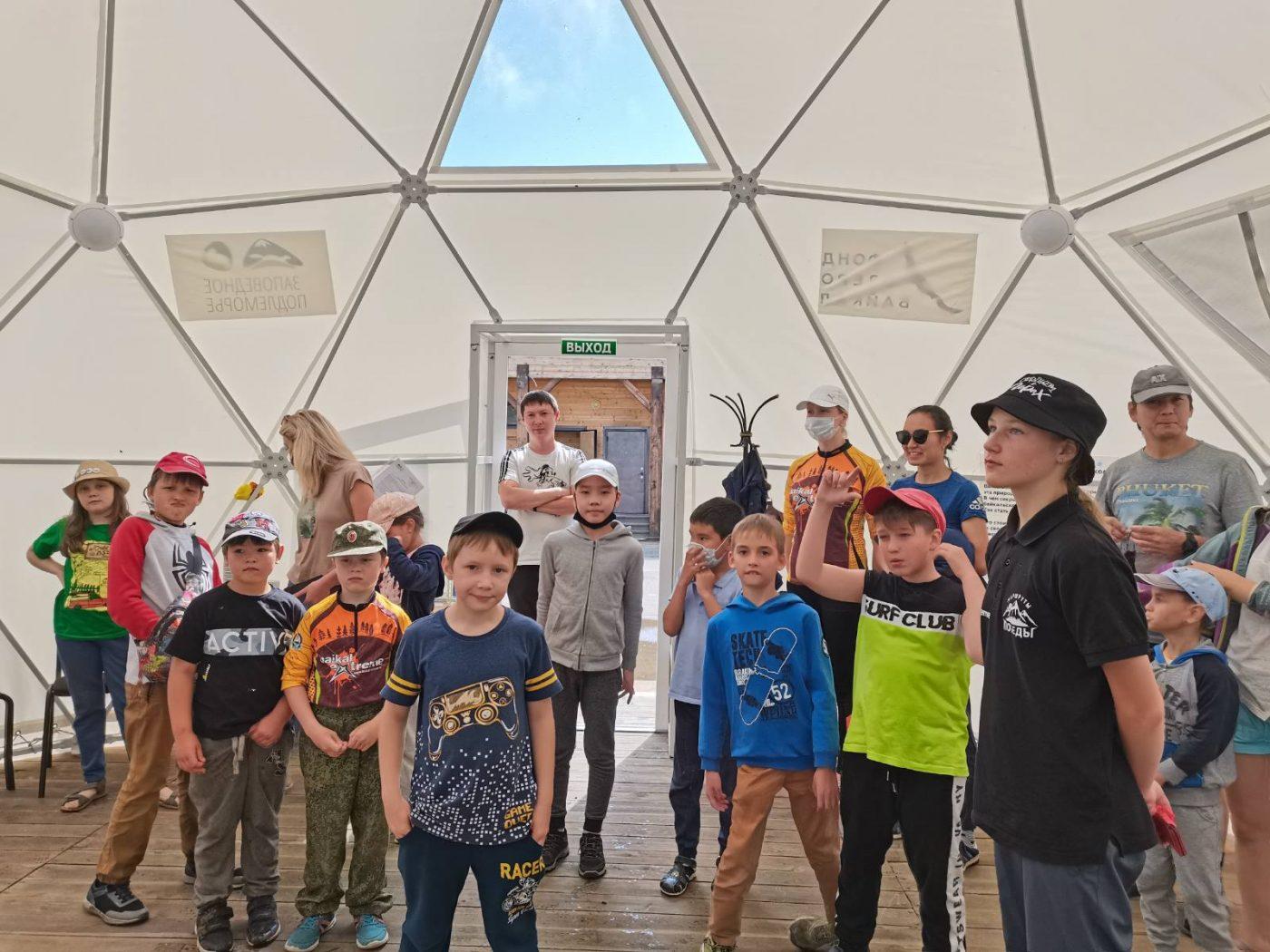 Байкальскую заповедную школу посетили уже более 1200 человек