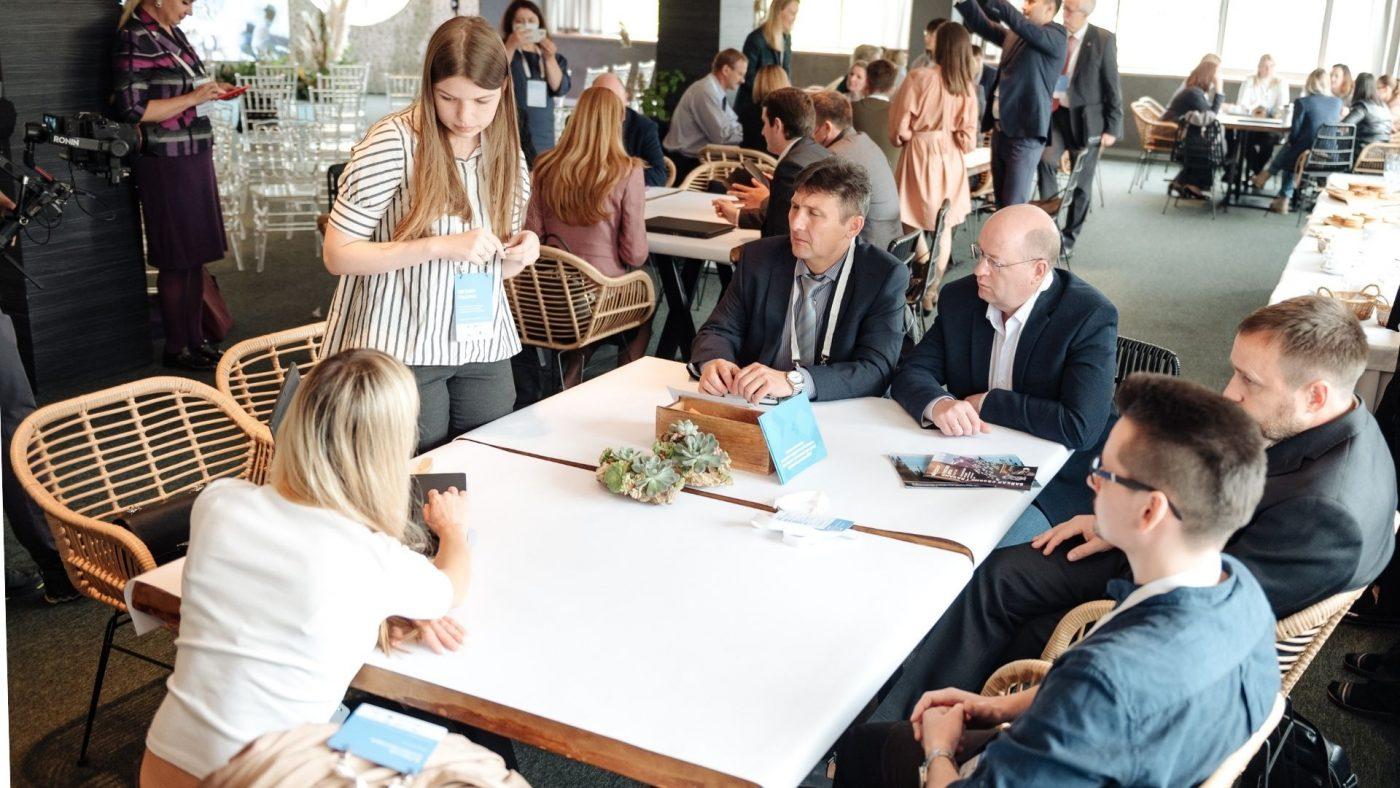 Устойчивые практики Фонда представлены на саммите в Красноярске